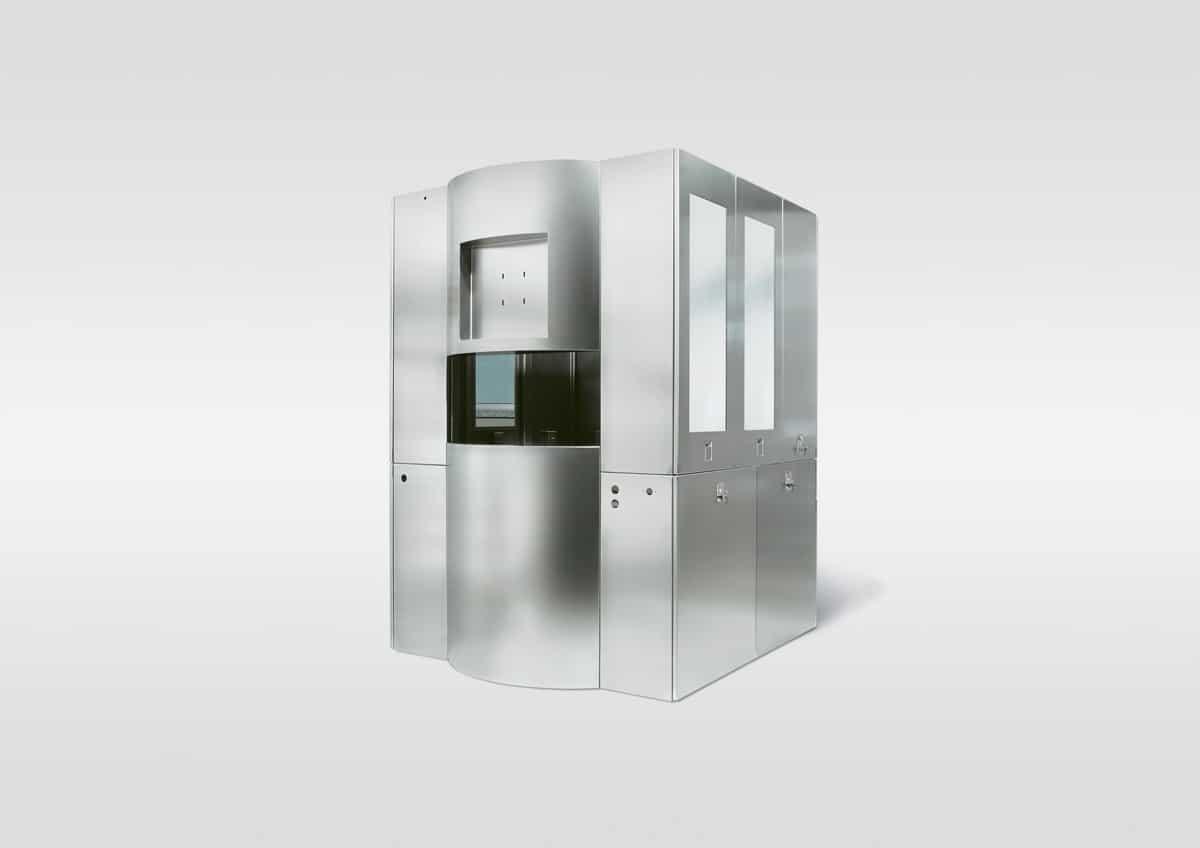 Fertigungsanlage Halbleiterindustrie - Fertigungsanlage mit hochwertige Edelstahl-Oberflächen und Spezialkunststofffenster für die Halbleiterindustrie.