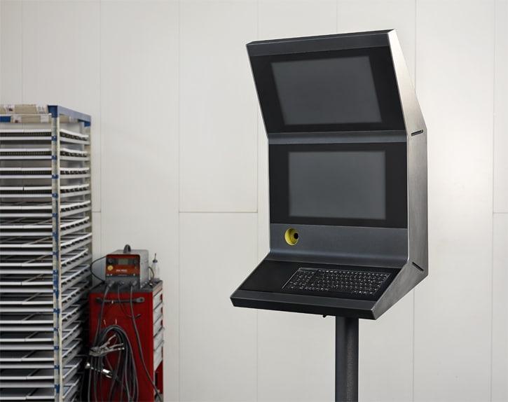 Neues Bediengehäusesystem - Flexibles Bedienpultsystem entwickelt als IP65-dichtes Baukastensystem.