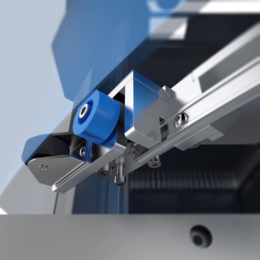 Detailansicht Hydraulikprüfstand - Prüfstand mit  Schiebetüren, einem flexiblen Tragarm und einem robusten Bediengehäuse.