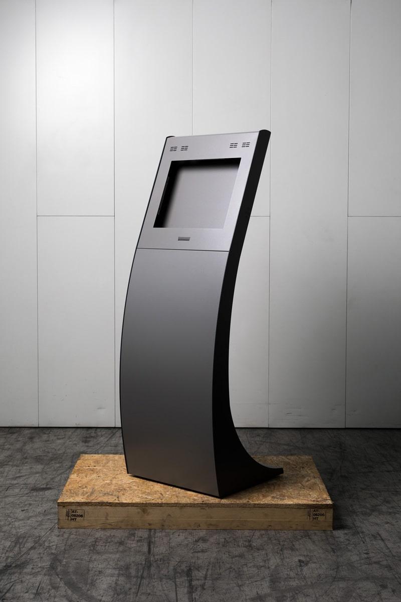 Schinko Ticketautomat Kinoterminal - Geschwungenes, dynamisches Gehäuse eines Ticketautomaten
