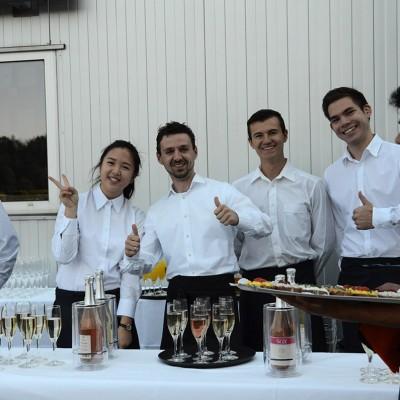Schinko 25 Jahr Feier - Das Catering-Team beim Empfang zum Festakt der 25 Jahr Feier der Firma Schinko.