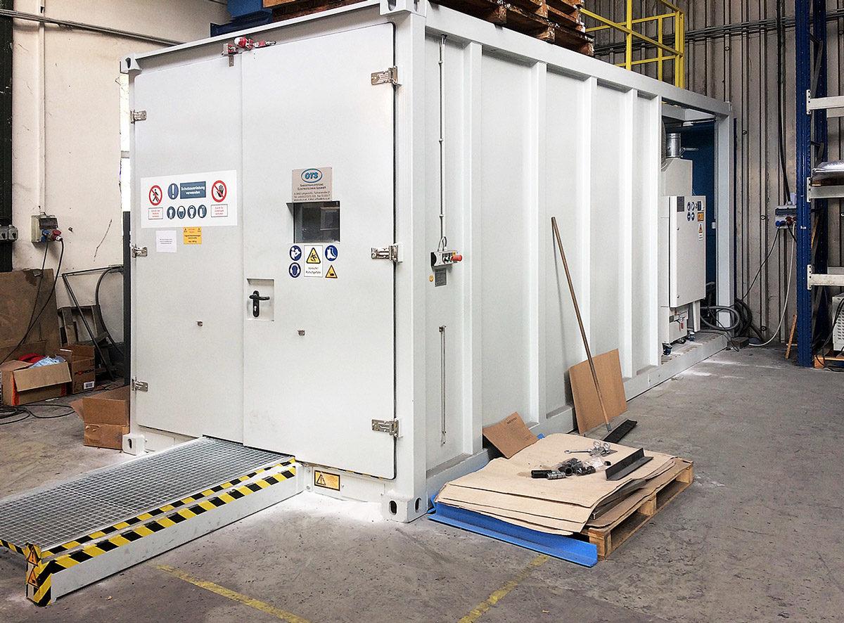 - Der neue Strahlcontainer für Bauteile bis zu 2,5 Meter länge und 1,5 Meter breite.